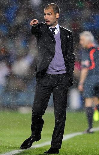 Pep Guardiola da instrucciones ante el Getafe