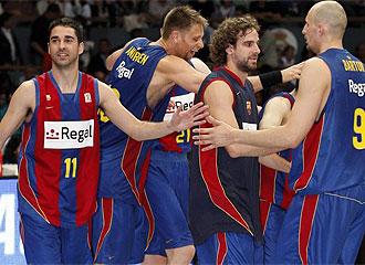 El Regal Barcelona celebra una victoria.