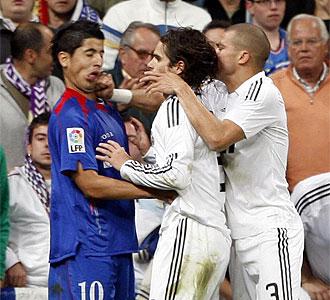 Pepe en el momento de golpear a Alb�n.
