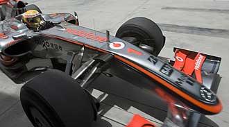 Hamilton durante la sesi�n de entrenamientos en Bahrein