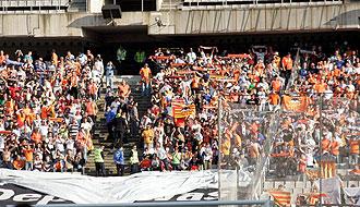 La afici�n de Mestalla se prepara para el Madrid