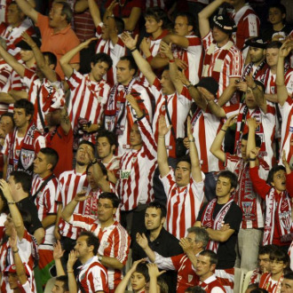 Aficionados del Athletic durante la final.
