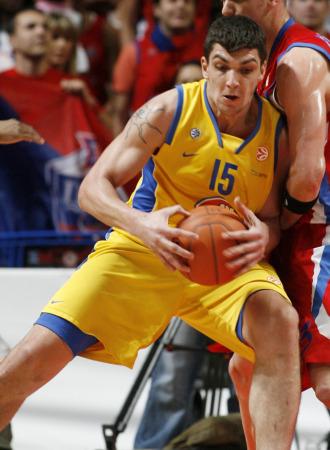 Esteban Batista, en un partido con el Maccabi.