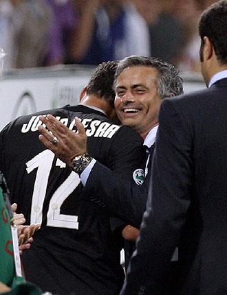 Mourinho celebra el Scudetto con Julio C�sar