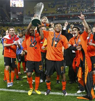 El Shakhtar y su baile de campeón con la UEFA