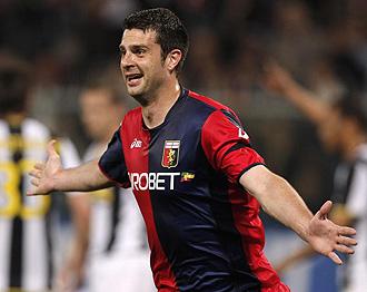 Motta celebrando un gol con el Genoa