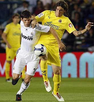 Gonzalo Rodr�guez, en un partido contra el Real Madrid