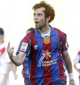 Molinero celebra su gol ante el Rayo.