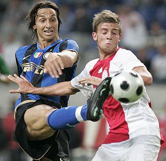 Ibrahimovic, en un partido ante el Ajax