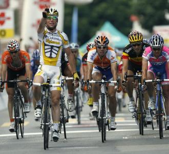 Mark Cavendish superó a Freire al sprint.