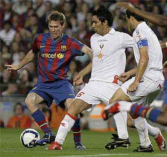 Nekounam durante el partido Barcelona-Osasuna.