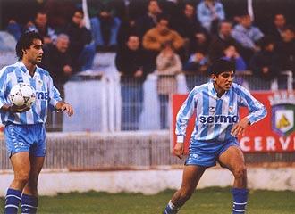 Basti, a la derecha, en un partido con el Málaga en 1991.