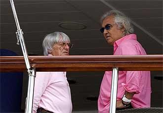 Ecclestone y Briatore en una reuni�n de la FOTA en Montecarlo.