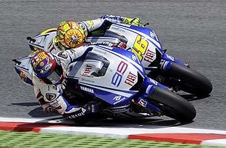 Lorenzo y Rossi libraron un espectacular duelo en el circuito de Montmel�.