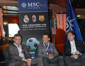 Buyo, Sergi y Baressi, los capitanes de Real Madrid, Barcelona y Milan, durante la presentaci�n de la 'MSC Cruceros Cup' de F�tbol Indoor