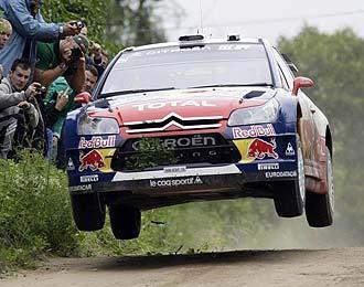Loeb 'vuela' durante el Rally de Polonia.
