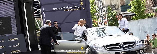 Hamilton y De la Rosa participaron en la presentaci�n de la iniciativa contra la mezcla de alcohol y conducci�n '�nete al pacto' que promueve Johnnie Walker