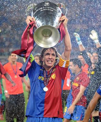 Carles Puyol levanta la tercera Champions del Barcelona