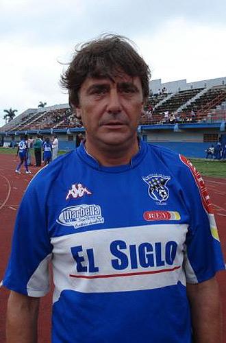 José Ramón Vecino emigró a Costa Rica para entrenar en Primera