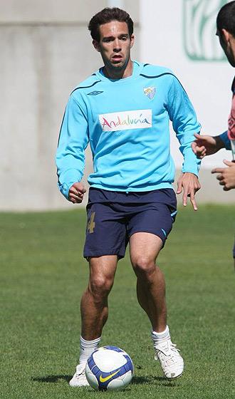 Lolo, durante un entrenamiento del Málaga
