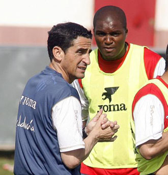 Aquivaldo Mosquera, con Manolo Jiménez