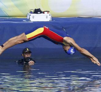 Noya pierde el liderato ante la nueva perla del deporte brit�nico.