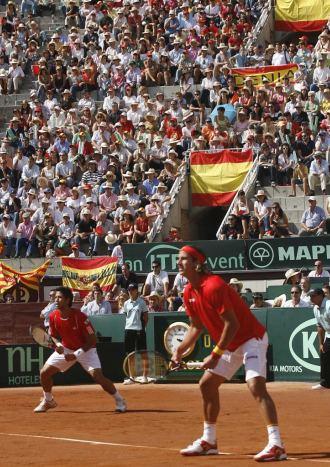 Feliciano L�pez y Fernando Verdasco durante el partido de dobles.