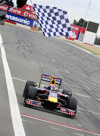 La bandera a cuadros confirm� la victoria de Webber en Nurburgring.