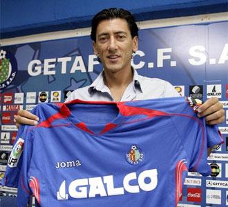 Pedro Ríos, en la rueda de prensa de su presentación como nuevo jugador del Getafe
