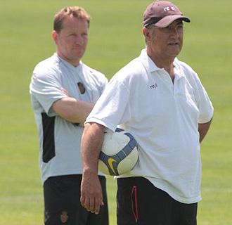 Gregorio Manzano dirige un entrenamiento del Mallorca
