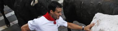 Cruchaga corriendo un encierro en San Fermín.