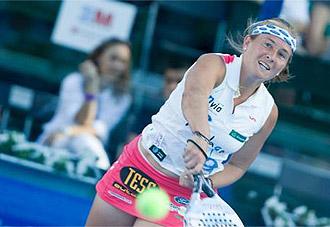 La potencia de Carolina Navarro es una de sus bazas principales para dominar a sus rivales.