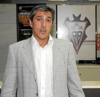 El entrenador del Albacete, Pepe Murcia