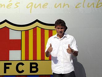 Kerrison posa con el escudo del Barça