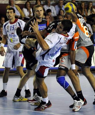 Castresana, en una acci�n durante el partido de Liga de Campones ante de la pasada temporada ante el Montpellier.