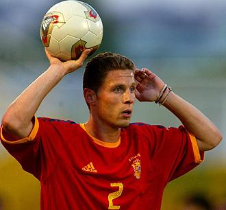 Curro Torres jugando con España en 2002