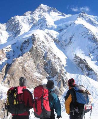El K2 visto desde el campo base.