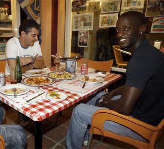 Edinho, en su primera cena en M�laga