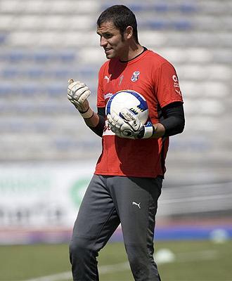 Lu�s Garc�a durante un entrenamiento con el Tenerife