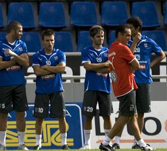 El martes el Tenerife volver� a los entrenamientos habituales de pretemporada en el Heliodoro Rodr�guez L�pez