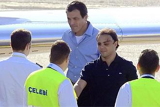 Massa saluda al piloto del avión privado