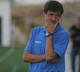 El entrenador del Xerez est� planeando la plantilla para la pr�xima temporada