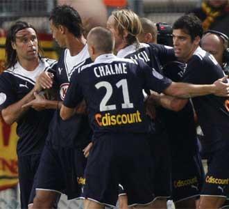 Los jugadores del Girondins celebran un gol