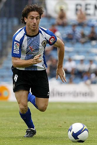 Fernando Morán, durante un partido del Hércules de la pasada temporada, se lleva sus goles y su buen juego a Tarragona
