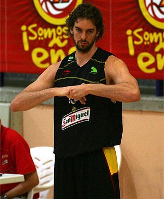 Pau Gasol durante un entrenamiento de la Selecci�n.