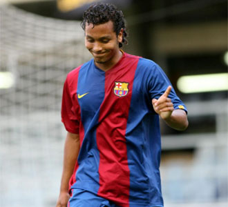Jefren, en un partido de pretemporada con el FC Barcelona