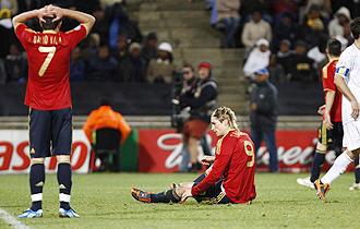 Villa y Torres se lamentan tras desperdiciar una ocasión ante Estados Unidos.
