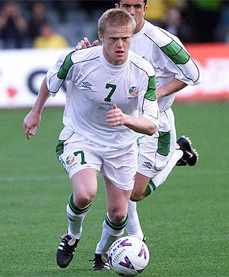 Damien Duff, en un partido con Irlanda.