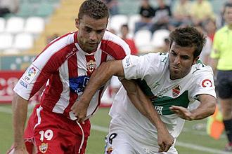 El Almería perdío en su debut en el torneo