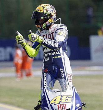 Rossi celebra su victoria en Brno.